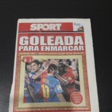 Coleccionismo deportivo: SPORT. N° 10.427. 5/10/2008. UN BARÇA DE ENSUEÑO PUSO EN PIE AL CAMP NOU. GOLEADA PARA ENMARCAR.. Lote 117210718