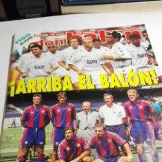 Coleccionismo deportivo: REVISTA DON BALÓN AÑO 1995 NUMERO 1033 POSTER DEL BARCELONA Y DE FIGO. Lote 117587374