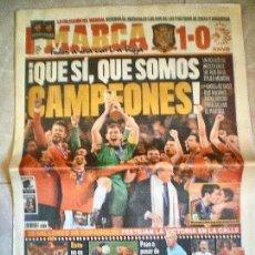 Coleccionismo deportivo: DIARIO MARCA - LUNES 12 JULIO 2010 - ESPAÑA CAMPEONA DEL MUNDO. Lote 112788075