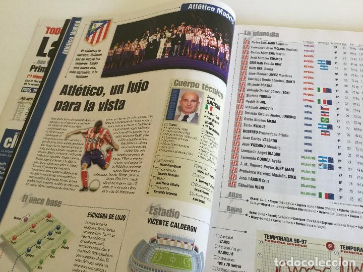 Coleccionismo deportivo: Revista Anuario Marca Guía Liga 98/99 Edita Recoletos - Foto 8 - 120368703