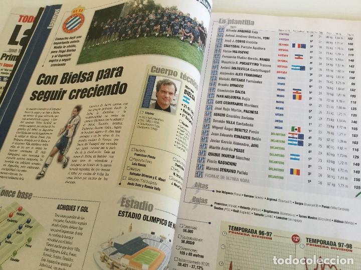 Coleccionismo deportivo: Revista Anuario Marca Guía Liga 98/99 Edita Recoletos - Foto 9 - 120368703