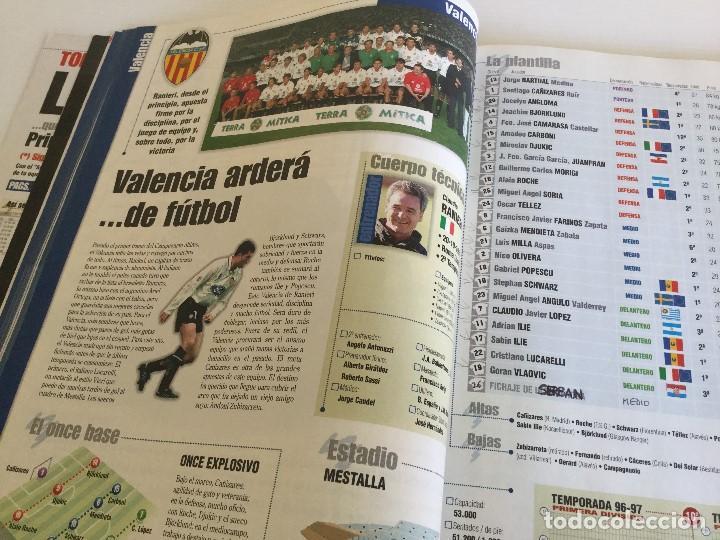 Coleccionismo deportivo: Revista Anuario Marca Guía Liga 98/99 Edita Recoletos - Foto 11 - 120368703