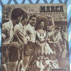 Coleccionismo deportivo: MARCA (29-11-49) REAL MADRID MEXICO FOTO PRIMER ATLETICO MADRID VIZCAYA RENAS BODAS ORO BARCELONA. Lote 123531851