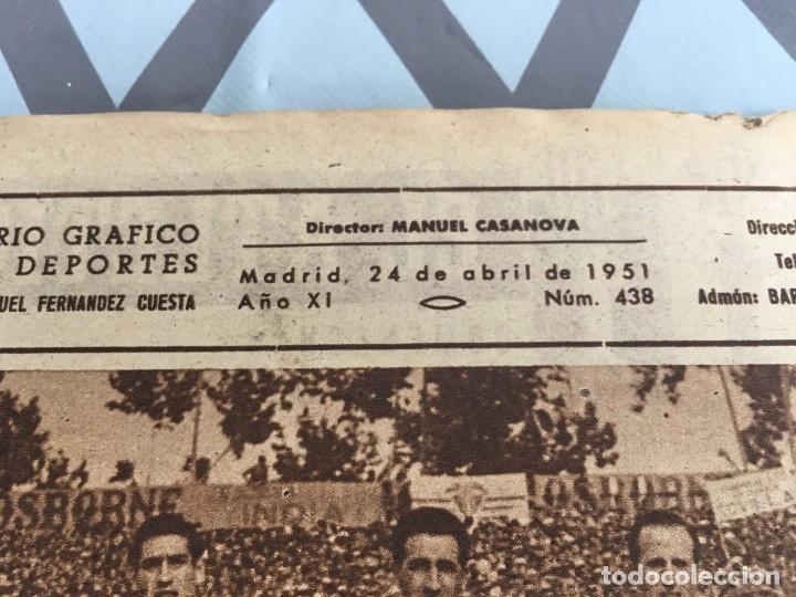 Coleccionismo deportivo: MARCA (24-4-51) ATLETICO MADRID CAMPEON LIGA EN SEVILLA POSTER RUGBY BARCELONA SEU DE MADRID - Foto 2 - 123862363