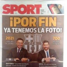 Coleccionismo deportivo: SPORT RENOVACIÓN DE MESSI DEL 26 DE NOVIEMBRE 2017. Lote 127605559