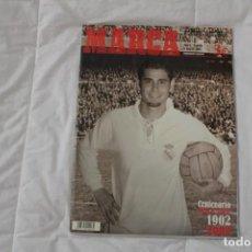 Coleccionismo deportivo: DIARIO MARCA. ESPECIAL CENTENARIO DEL REAL MADRID. INCLUYE SUPER PÓSTER 2002. Lote 130894552