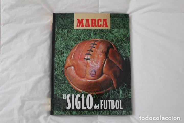 DIARIO MARCA. LIBRO ÁLBUM EL SIGLO DEL FÚTBOL 1999 (Coleccionismo Deportivo - Revistas y Periódicos - Marca)