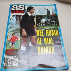 Collectionnisme sportif: AS COLOR, DEL HUMO AL MAL HUMOR, N°556 , ENERO 1982, POSTER REAL SOCIEDAD. Lote 133521185
