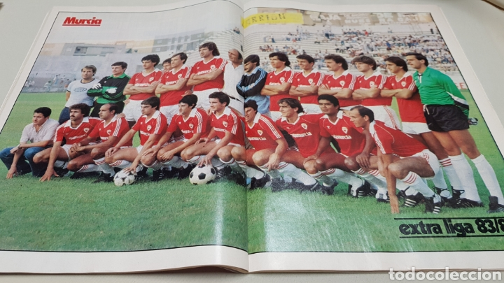 Coleccionismo deportivo: Revista don balon, extra liga 83-84, todos los equipos de categoria nacional. - Foto 5 - 133759049