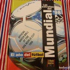 Coleccionismo deportivo: (ABJ)LIBRO FUTBOL-LAS ESTRELLAS DEL MUNDIAL 98-MUNDO DEPORTIVO. Lote 136554990