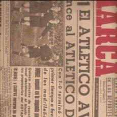 Coleccionismo deportivo: 3014. DIARIO MARCA 28.10.1943. VALENCIA + GRANADA + OVIEDO + SEVILLA + BARCELONA.... Lote 137235022