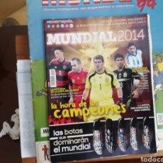 Coleccionismo deportivo: MUNDIAL 2014. 2 REVISTAS DIFERENTES. Lote 141729273