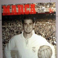 Coleccionismo deportivo: DIARIO MARCA SUPLEMENTO ESPECIAL CENTENARIO REAL MADRID INCLUYE PÓSTER RAUL DI STEFANO FÚTBOL. Lote 143164954