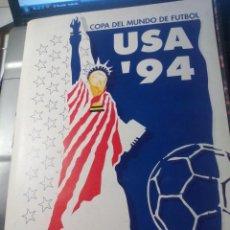 Coleccionismo deportivo: COPA DEL MUNDO DE FUTBOL USA 94. CARPETA CON 9 FASCICULOS. DIARIO SUR EL SEMANAL. Lote 147077270