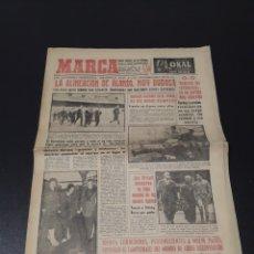 Coleccionismo deportivo: MARCA 13/02/1959. BARCELONA V R.MADRID CASTELLON ZARAGOZA PAMPOLS.. Lote 148038952