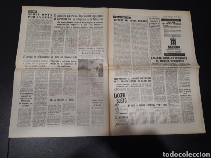 Coleccionismo deportivo: MARCA 10/01/1965. FC.BARCELONA AT.MADRID SASOT LAS PALMAS R.MADRID ECIJA ESPECIAL LEON LASA BETIS. - Foto 2 - 148790766