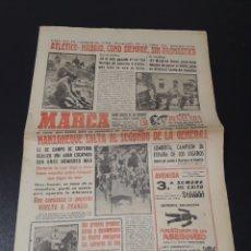 Coleccionismo deportivo - MARCA 2/07/1961. TRIBUTO A WALTER. VALENCIA,2 - FLUMINENSE,3. SEVILLA,2 - STADE REIMS,3. AT.MADRID - 149350562