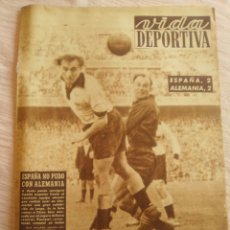 Coleccionismo deportivo: VIDA DEPORTIVA NUM. 381 (29-12-1952). AÑO 1952 RESUMIDO. VER FOTOS.. Lote 150769634