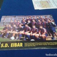 Colecionismo desportivo: MINI POSTER + FICHA DON BALON 94 - 95 ( S.D. EIBAR + FICHA DE LOS JUGADORES MERIDA C.P. ). Lote 150798350