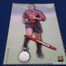 Coleccionismo deportivo: POSTER FICHA EL MUNDO DEPORTIVO 97 - 98 ( REIZIGER ) LAMINA Nº 22 DE 30 X 21 CM F.C. BARCELONA. Lote 155707858