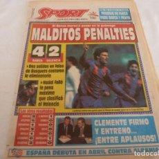 Coleccionismo deportivo: SPORT(23-1-92)BARÇA 4 VALENCIA 2 Y ELIMINADOS POR PENALTIES,CRUYFF,MARADONA,CLEMENTE FICHA ESPAÑOL. Lote 158580502