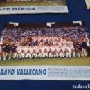 Coleccionismo deportivo: MINI POSTER LIGA 95 - 96 ( RAYO VALLECANO ) + FICHAS DE LOS JUGADORES DEL C.P. MERIDA. Lote 160882650