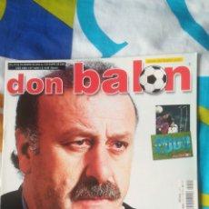 Coleccionismo deportivo: DON BALON NÚMERO 1420 DEL BOSQUE, DONATO, MILITO, PÓSTER CALENDARIO. Lote 161885389
