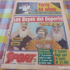 Coleccionismo deportivo: SPORT(6-1-87)TERRY VENABLES 44 CUMPLEAÑOS!!! EL ONCE IDEAL DEL MUNDO DEL FUTBOL,JOB(ESPAÑOL). Lote 163430494