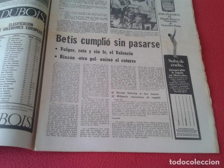 Coleccionismo deportivo: DIARIO MARCA Nº 12.734 DE 13 DICIEMBRE 1982 FÚTBOL CLUB BARCELONA REAL MADRID BILBAO...ACORRALADO... - Foto 7 - 169808584
