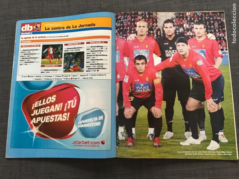 Coleccionismo deportivo: Fútbol don balón 1633 - Póster Mallorca - Saviola - Recre - Peñarol - Cavani - Pochettino - Wenger - Foto 3 - 170118393