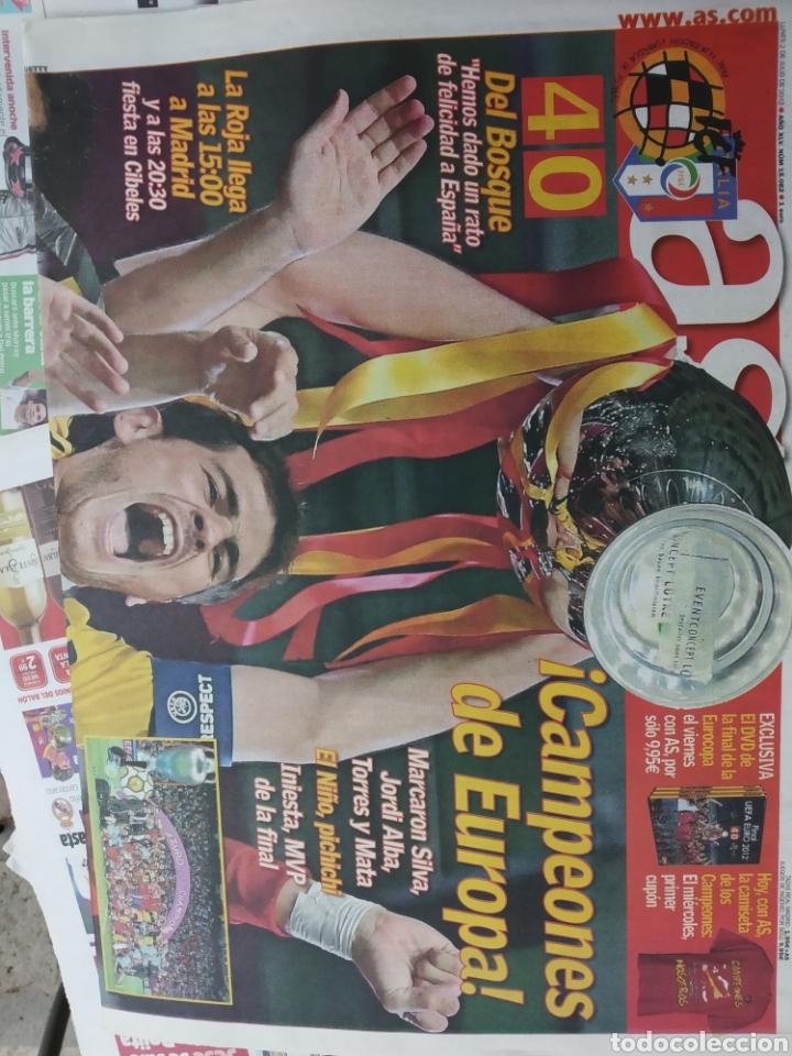 Coleccionismo deportivo: Colección 15 Marca y 2 AS julio 2012 . Con el diario de la final de la Eurocopa 2012 de marca y AS . - Foto 2 - 171140117