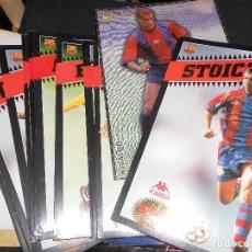 Coleccionismo deportivo: SPORT LAMINAS POSTALES GRANDES JUGADORES FUTBOL CLUB BARCELONA - CONTIENE 27 POSTALES. Lote 175966655