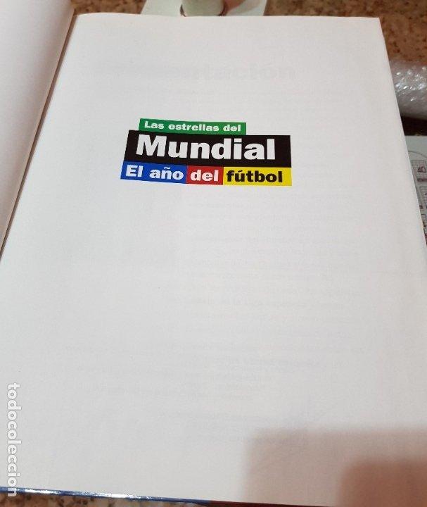 Coleccionismo deportivo: LAS ESTRELLAS DEL MUNDIAL 98 - EL AÑO DEL FUTBOL - MUNDO DEPORTIVO - COMPLETO - Foto 2 - 180005663