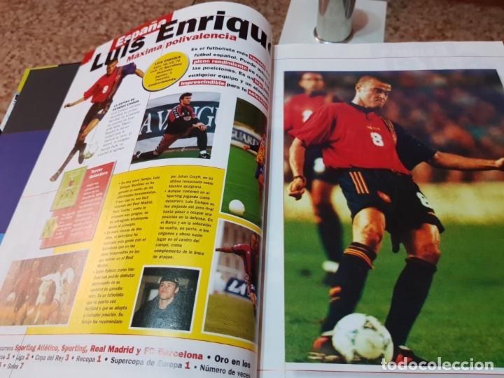 Coleccionismo deportivo: LAS ESTRELLAS DEL MUNDIAL 98 - EL AÑO DEL FUTBOL - MUNDO DEPORTIVO - COMPLETO - Foto 3 - 180005663