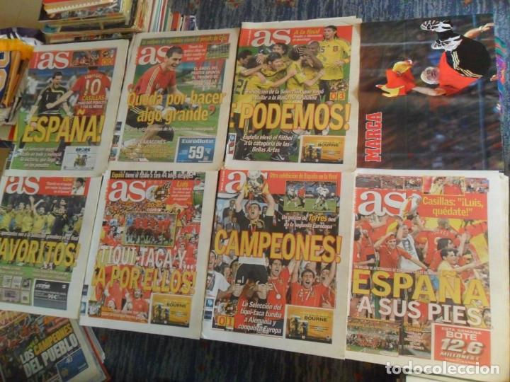 LOTE 7 DIARIO AS ESPAÑA CAMPEONA DE EUROPA EUROCOPA 2008. REGALO PÓSTER LUIS ARAGONÉS. (Coleccionismo Deportivo - Revistas y Periódicos - As)