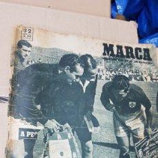 Coleccionismo deportivo: REVISTA MARCA 11 ABRIL 1950 ESPAÑA PORTUGAL. Lote 180388661