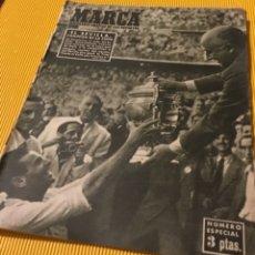 Coleccionismo deportivo: SEVILLA CAMPEÓN DE LA COPA 1948 SEMANARIO MARCA TOTALMENTE ORIGINAL. Lote 181142366