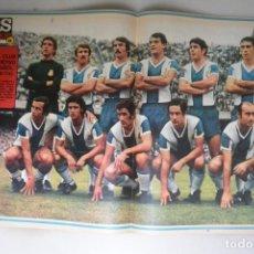 Coleccionismo deportivo: POSTER Nº 130 REVISTA AS COLOR ESPAÑOL DE BARCELONA 1973/74. REVISTA Nº 134 1973. Lote 182165030