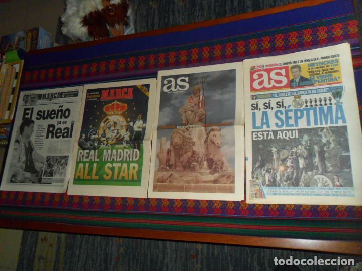 Coleccionismo deportivo: REAL MADRID 28 PERIÓDICOS Y ESPECIALES DE AS Y MARCA CON TÍTULOS Y GRANDES DÍAS. REGALO 15 POSTERS. - Foto 5 - 188380312