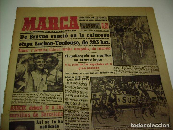 Coleccionismo deportivo: 29 PORTADAS DIARIO MARCA AÑOS 1954 Y 1955 - Foto 10 - 189396445
