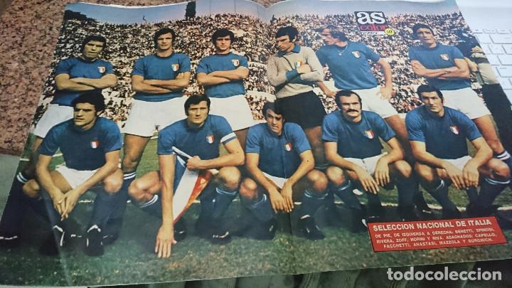 Coleccionismo deportivo: ANTIGUA REVISTA FUTBOL AS COLOR Nº 151 9 DE ABRIL 1974 POSTER CENTRAL SELECCION NACIONAL DE ITALIA - Foto 3 - 192481058