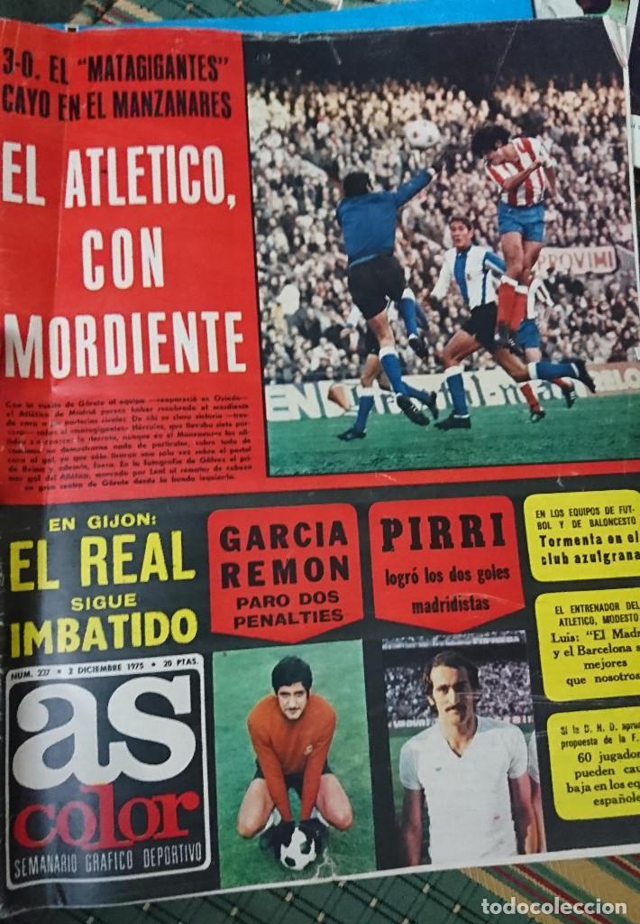 ANTIGUA REVISTA FUTBOL AS COLOR Nº 237 2 DE DICIEMBRE 1975 POSTER CENTRAL U.D, LAS PALMAS C,F (Coleccionismo Deportivo - Revistas y Periódicos - As)