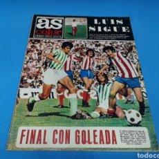 Coleccionismo deportivo: REVISTA AS COLOR NUM. 210. FINAL CON GOLEADA. PÓSTER CENTRAL REAL SOCIEDAD. Lote 193684580