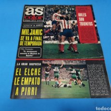 Coleccionismo deportivo: REVISTA AS COLOR NUM. 238. EL ELCHE LE EMPATÓ A PIRRI. PÓSTER CENTRAL CLUB DE FÚTBOL TARRASA. Lote 193701053