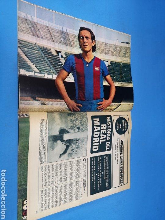 Coleccionismo deportivo: Revista AS COLOR NUM. 296. ¡ADIÓS TÍTULO, ADIÓS! PÓSTER CENTRAL CLARES FC BARCELONA - Foto 2 - 193991778