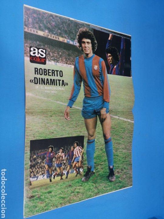 Coleccionismo deportivo: Revista AS COLOR NUM. 455. Bendito sea el GOL. PÓSTER CENTRAL DE ROBERTO DINAMITA, FC BARCELONA - Foto 2 - 193993812