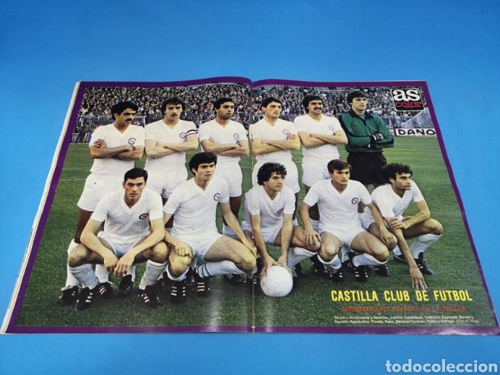 Coleccionismo deportivo: Revista AS COLOR NUM. 473. A SUS PIES. PÓSTER DEL CASTILLA - Foto 2 - 193994886