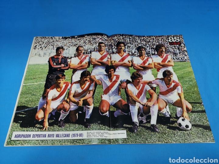 Coleccionismo deportivo: Revista AS COLOR NUM. 438. DETESTO A LOS INDISCIPLINADOS Y A LOS VAGOS. PÓSTER RAYO VALLECANO - Foto 2 - 193998231