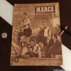 Coleccionismo deportivo: ANTIGUO PERIÓDICO MARCA ATHLETIC CLUB DE BILBAO 1954 GRAN PREMIO MOTOCICLISMO ESPAÑA. Lote 194239247