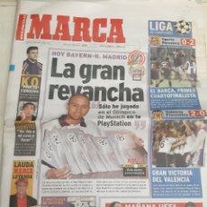 Coleccionismo deportivo: 2000 MARCA 8 MARZO BAYERN.R.MADRID REVANCHA ROBERTO CARLOS. Lote 194696432
